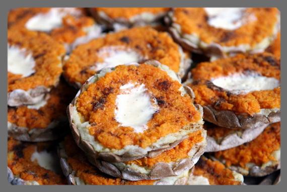 Скландраусис - открытый латвийский пирожок с морковью и картофелем