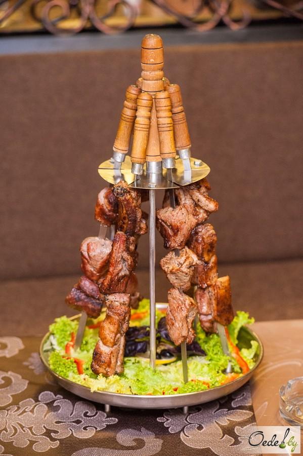 Шашлычное ассорти из корейки баранины, телятины и свинины