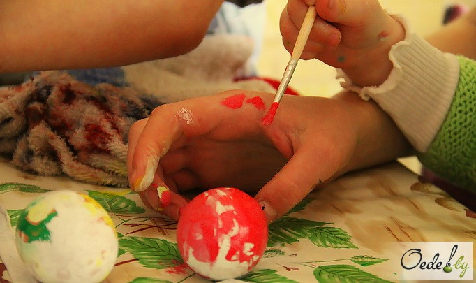 мастер-класс по покраске пасхальных яиц 15