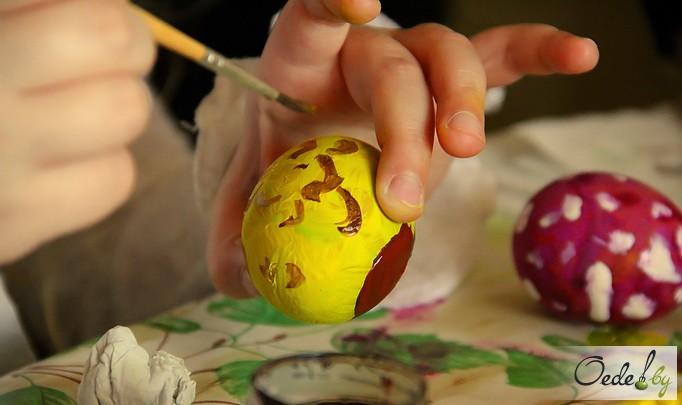 мастер-класс по покраске пасхальных яиц 16