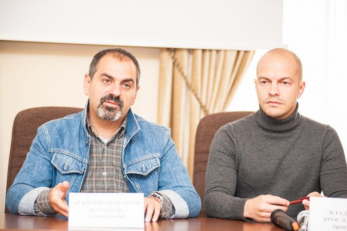 пресс-конфиренция с Арамом Мнацакановым