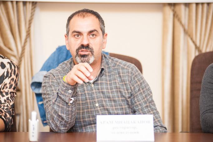 Арам Мнацаканов 2