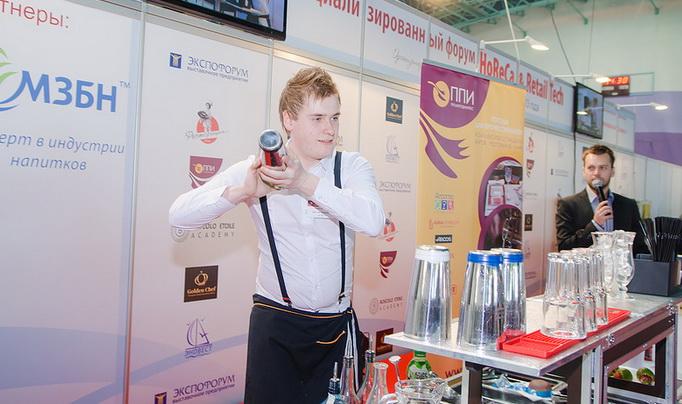 Анатолий Рачевский, бармен Loft Cafe