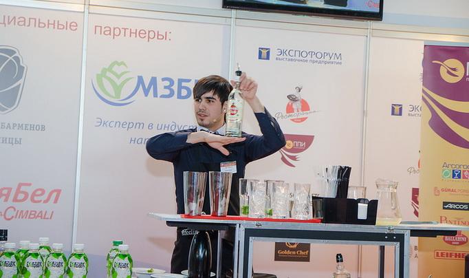 Победитель - Дэнис Вальдес, бармен кафе «Feelini»