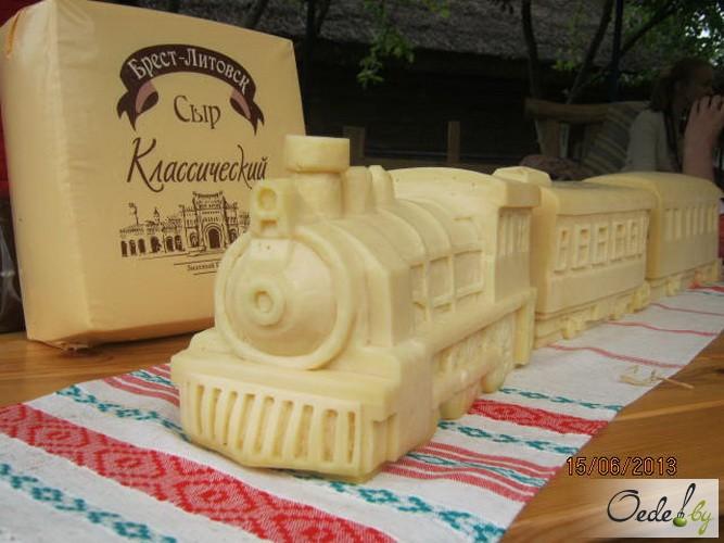 Поезд из сыра от Савушкин продукт