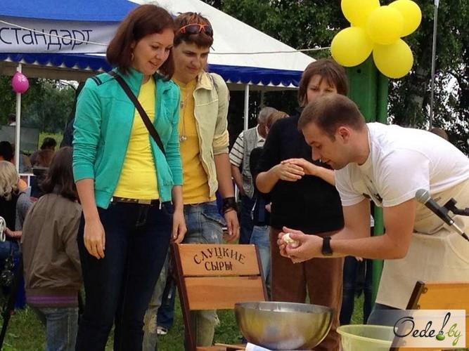 Сыр моцарелла на Сырном фестивале