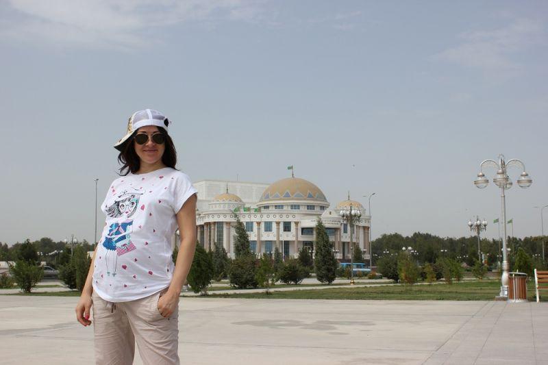Полина Смолова. Гастроли в Туркменистане