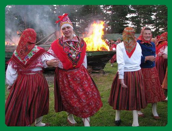 Гуляния на Янов день в Эстонии