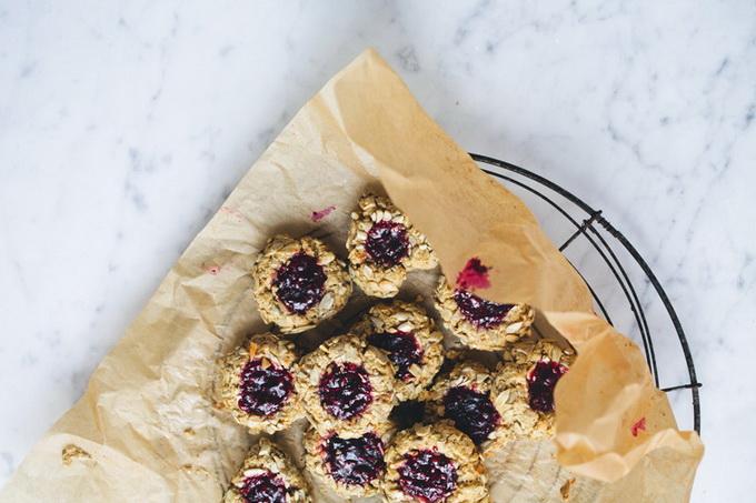 Печенье с семечками и джемом