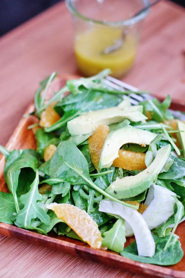 Салат c рукколой, шпинатом и апельсином