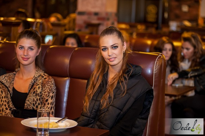 Яна Дубник (Россия) и Валерия Дону (Молдавия)