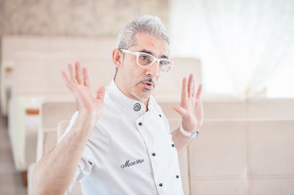 Шеф-повар ресторана Поющие фонтаны