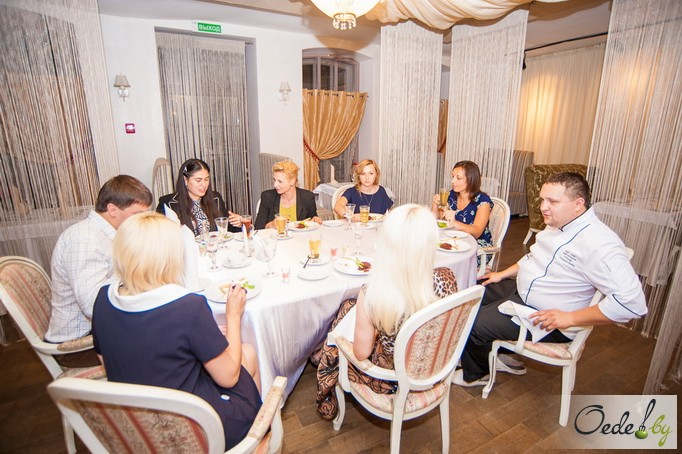 Golden-ужин в Чехов