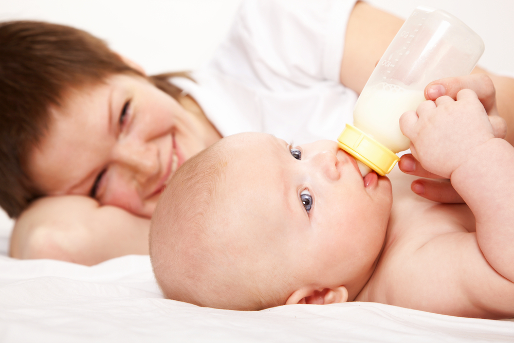 У молодой мамы потекло молоко смотреть 22 фотография