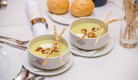 Суп пюре из брокколи со шпинатом и белыми грибами
