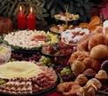 Новогодние столы Европы: от соленой сельди до итальянского «Дзампоне»