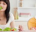 Рацион кормящей мамы: мифы и реальность