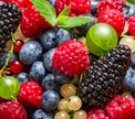Чем полезны лесные ягоды?