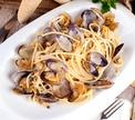 Настоящие спагетти: какие они и с чем их едят