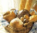 Куда отправляется черствый хлеб с прилавков магазина?