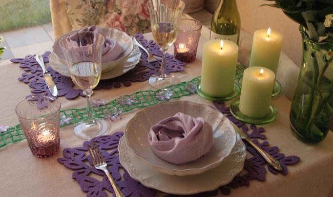 Праздничный стол в романтическом стиле