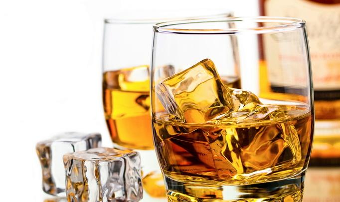 В Шотландии по ошибке в канализацию вылили 18 тысяч литров виски!