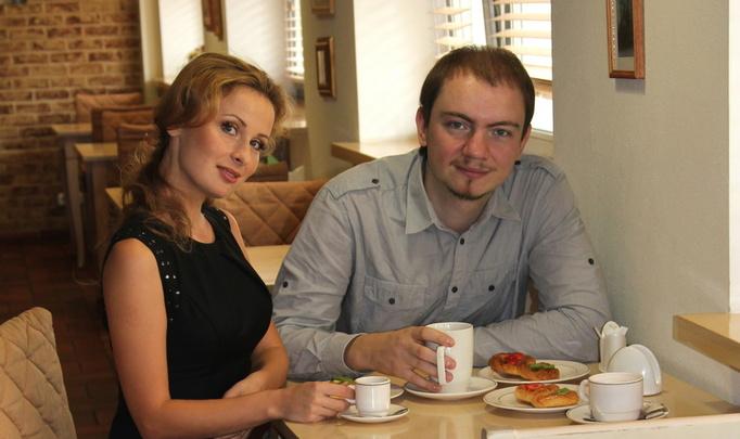 Евгений Олейник и Юля Быкова. «Я доедаю за женой».