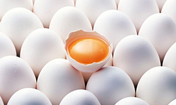 Скоро Пасха! Как сварить яйца на Пасху, чтобы они легко почистились?