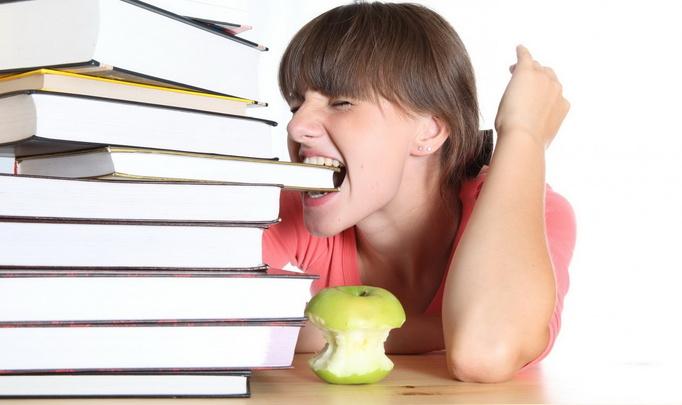 Чем кормить абитуриента, чтобы он стал студентом?