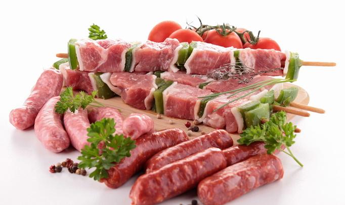 Выбираем сырое мясо
