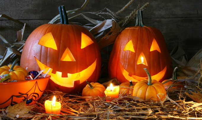 <b>Опрос Oede.by</b><br>Как празднуют Хэллоуин в Беларуси?