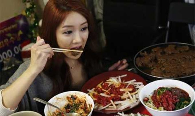 Meok bang – еда для людей, страдающих одиночеством