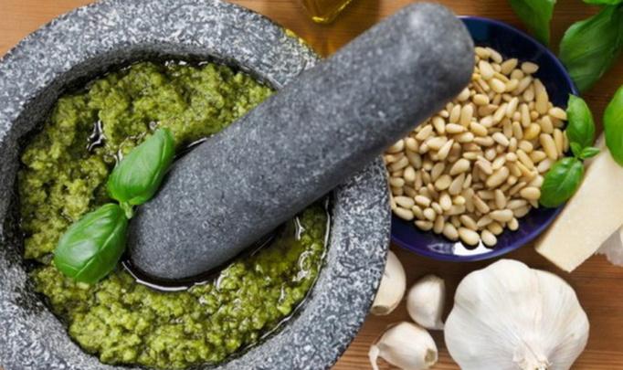 Генуя в кулинарных деталях: соус песто