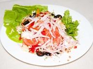 Салат овощной с ветчиной