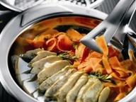 Куриные грудки с морковной лапшой тальятелле
