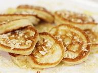 Оладьи с медом и орехами