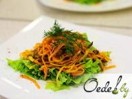 Салат восточный с бараниной и маринованной морковью