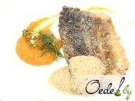 Филе карпа с соусом из мидий и овощным соте