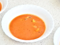 Томатный суп с мидиями