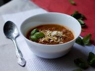 Томатный суп с водкой и базиликом