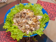 Салат из курицы с ананасами от Ирины Видовой