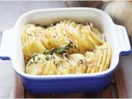 Картофель, запеченный с сыром DŽIUGAS® и тимьяном