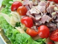 Салат итальянский с беконом
