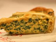 Пирог со шпинатом и мягким сыром
