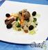 Салат с куриной печенью, шампиньонами и маслинами