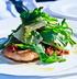 Чипсы-пластинки «Онега»: салат с креветками и рукколой