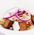 Салат с колбасками чоризо, овощами и сыром фета